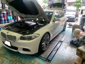 BMW 523d  F11バッテリー交換!