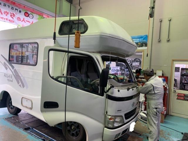 トヨタ カムロードフロントガラス交換